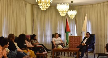 The Mayor of Bethlehem welcomes an American student delegation and talks about the city challenges